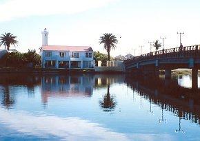Woodbridge Island Holiday Rentals